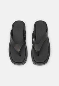 Zign - T-bar sandals - black - 5