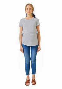 Vertbaudet - Print T-shirt - weiß blau - 1
