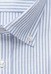 Seidensticker - SMART BUSINESS SLIM FIT - Shirt - llight blue/white - 6