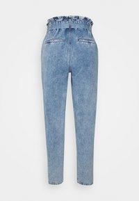 ONLY - ONLJANE PAPERBAG BELT - Relaxed fit jeans - light-blue denim - 8