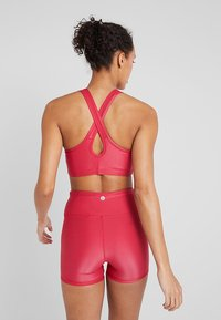 Cotton On Body - WORKOUT CARDIO CROP - Reggiseno sportivo - shimmer cyber pink - 2