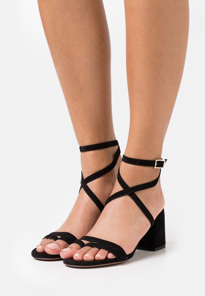 L'Autre Chose - HEEL - Sandals - black