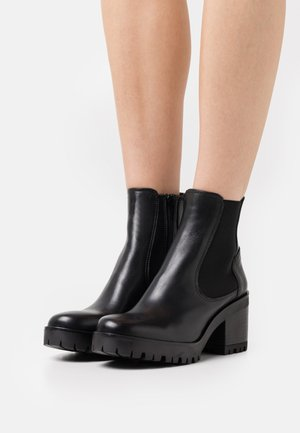 COSMO - Platform ankle boots - calf/mate black