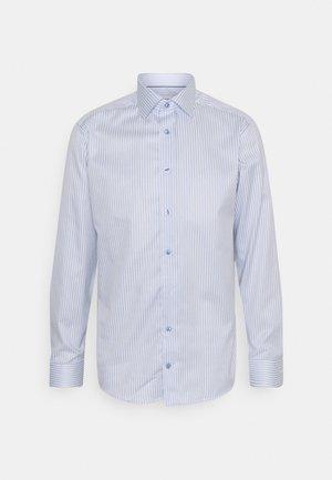 SLIM LIGHT SIGNATURE - Formal shirt - blue