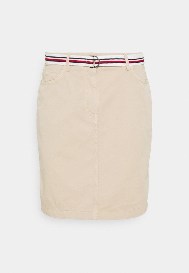 ROME SHORT SKIRT - Pouzdrová sukně - classic beige