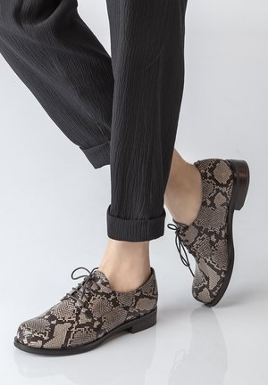 DERBIES - Chaussures à lacets - beige