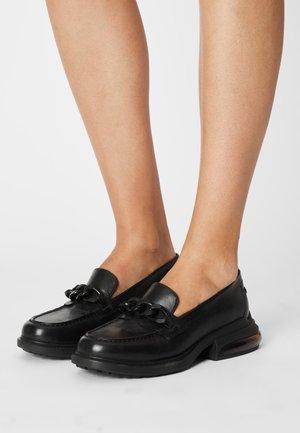 REX CHAIN - Nazouvací boty - black
