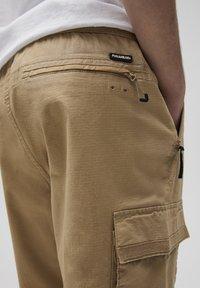 PULL&BEAR - Cargo trousers - beige - 5