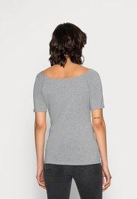Modström - TANSY  - Basic T-shirt - grey melange - 2