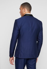 Isaac Dewhirst - FASHION TUX - Garnitur - dark blue - 3