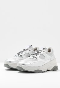 Selected Femme - Sneakers laag - silver - 4