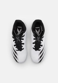 adidas Performance - GHOSTED.4 FXG UNISEX - Moulded stud football boots - footwear white/core black/silver metallic - 3