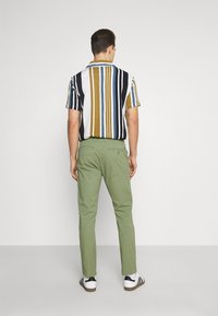 Solid - JIM LIGHT - Chinos - hedge green - 2