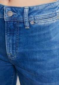 Pepe Jeans - DUA LIPA X PEPE JEANS  - Jeansy Dzwony - denim - 5