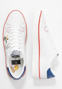 MOA - Master of Arts - Trainers - white - 3