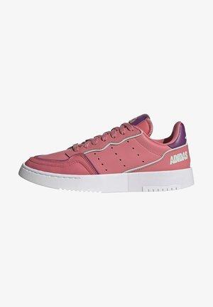 SUPERCOURT W - Sneakersy niskie - pink