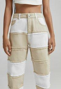 Bershka - Jeans straight leg - camel - 3