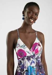 Desigual - DESIGNED BY M. CHRISTIAN LACROIX - Maxi dress - red - 3