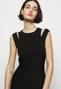 Hervé Léger - CRISS CROSS BACK DRESS - Pouzdrové šaty - black - 3