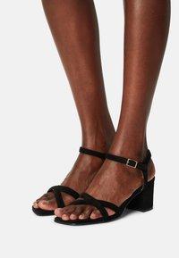 Bianco - BIABEONNA CROSS  - Sandals - black - 0