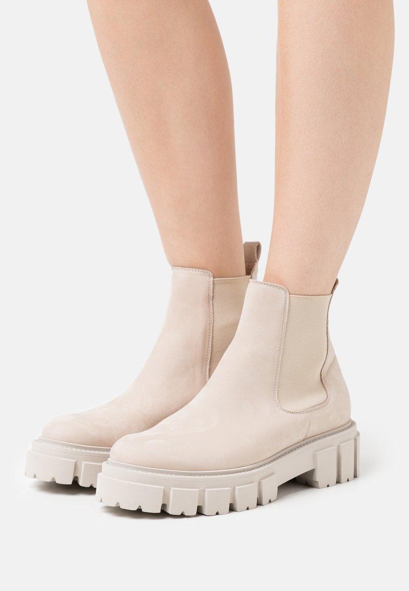 Kennel + Schmenger - VIDA - Classic ankle boots - desert