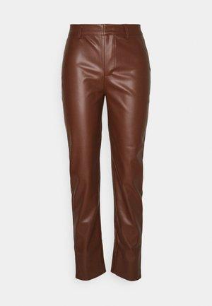 ONLNINNA PANT - Kalhoty - chocolate fondant