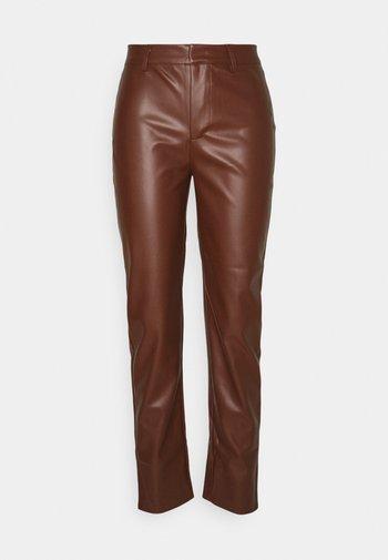 ONLNINNA PANT - Trousers - chocolate fondant