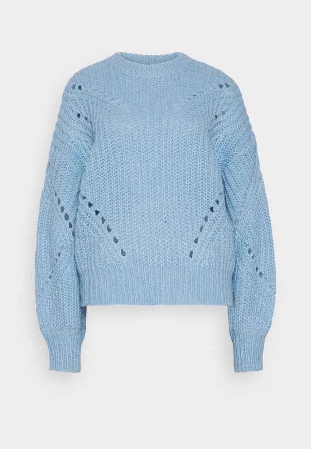 YASPOWDA PETITE - Strikkegenser - powder blue