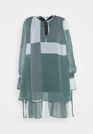 MELINNA - Day dress - laurette mallard green