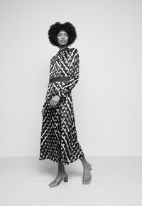 Olivia Rubin - MARLEY DRESS - Maxi šaty - black/multi-coloured - 4
