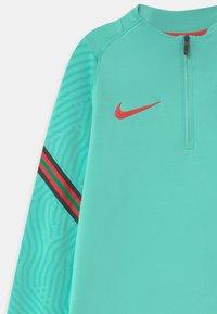 Nike Performance - PORTUGAL UNISEX - Oblečení národního týmu - mint/sport red - 3