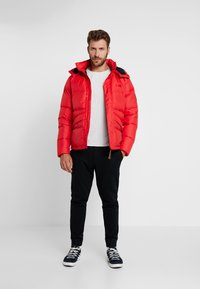 Helly Hansen - JACKET - Dunjakker - flag red - 1