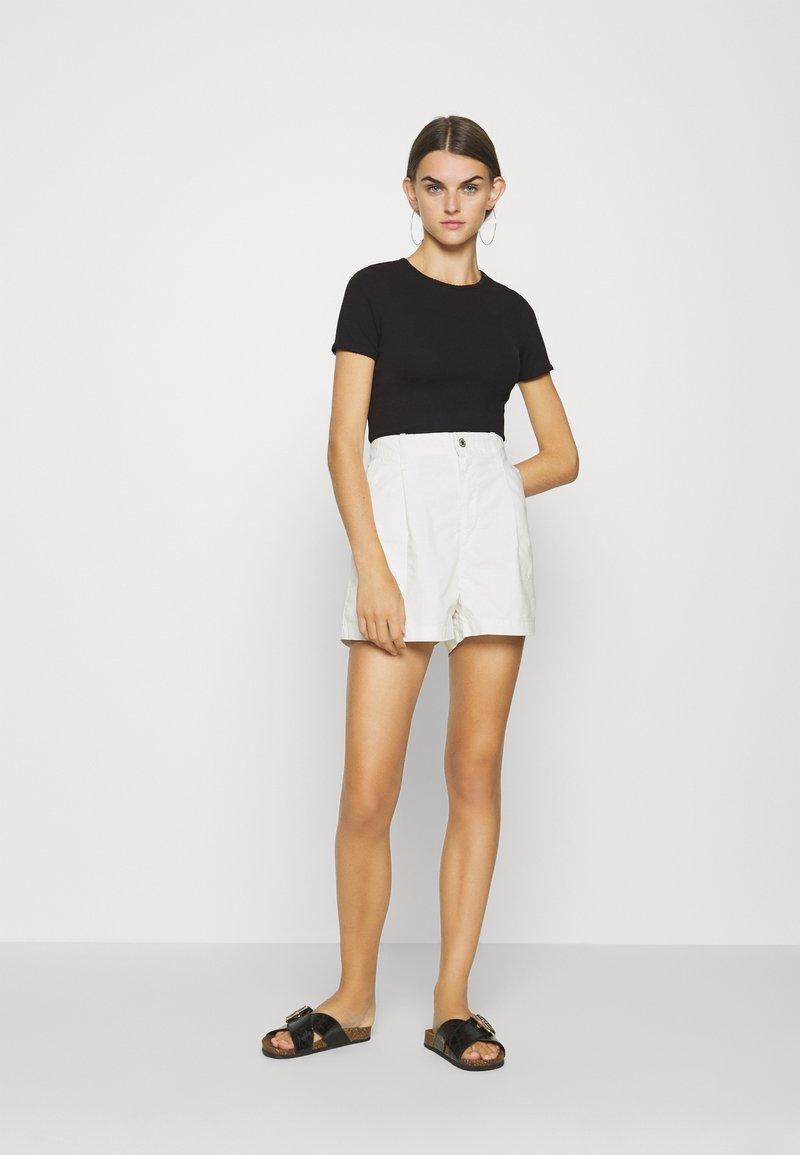 Even&Odd - Print T-shirt - white/black
