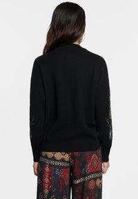Desigual - DINANT - Sweter - black - 2
