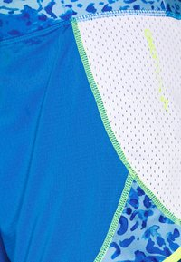 ONLY PLAY Tall - ONPANGILIA LIFE TRAINING - Shorts - imperial blue/white - 5