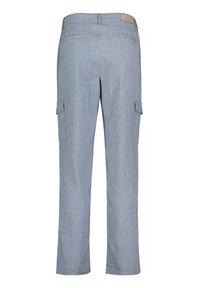 Betty & Co - MIT AUFGESETZTEN TASCHEN - Trousers - blau - 4