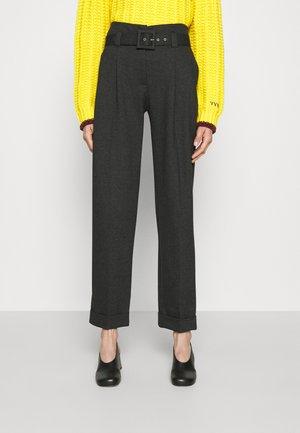 PLEAT TROUSER - Spodnie materiałowe - slate grey