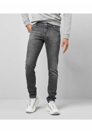 SUPER STRETCH USED  - Slim fit jeans - grau
