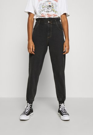 ONLOVA ELASTIC LIFE CARROT - Relaxed fit jeans - black denim