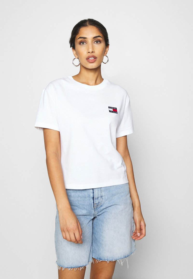 Tommy Jeans - BADGE TEE - T-shirt basique - white
