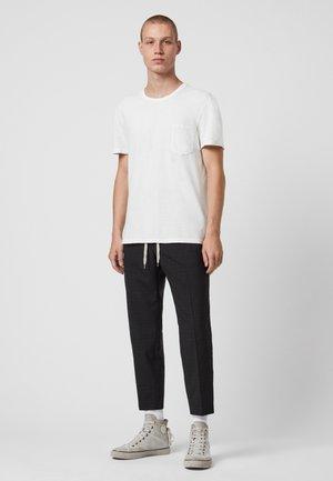 PILOT - Basic T-shirt - white