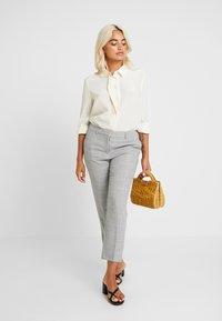 Dorothy Perkins Petite - NAPLES GRAZER - Trousers - grey - 2