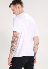 RIPNDIP - LORD NERMAL POCKET - Print T-shirt - white - 2