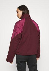 adidas Originals - SHORT PUFFER - Winter jacket - maroon/power berry - 2