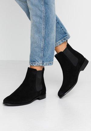 MILLIE CHELSEA - Kotníková obuv - black