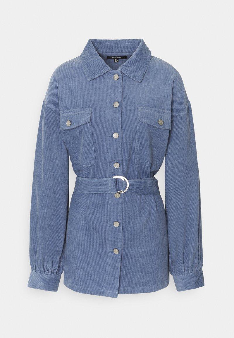 Missguided - BELTED BUTTON UP JACKET  - Short coat - blue