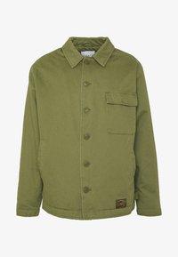 MILITARY DECK JACKET - Lehká bunda - green