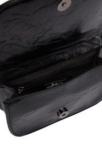 myMo ROCKS - Bum bag - schwarz - 4