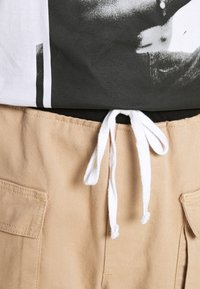Mennace - POPPER PULL ON PANT - Trousers - stone - 3