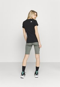 The North Face - FLEX SHORT  - Leggings - agave green - 2